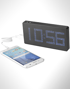 Clok 8000 mAh Led Time Display Power Bank thumbnail