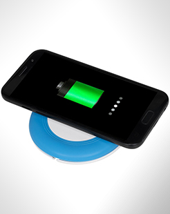 Nebula Wireless Charging Pad With 2-In-1 Cable thumbnail